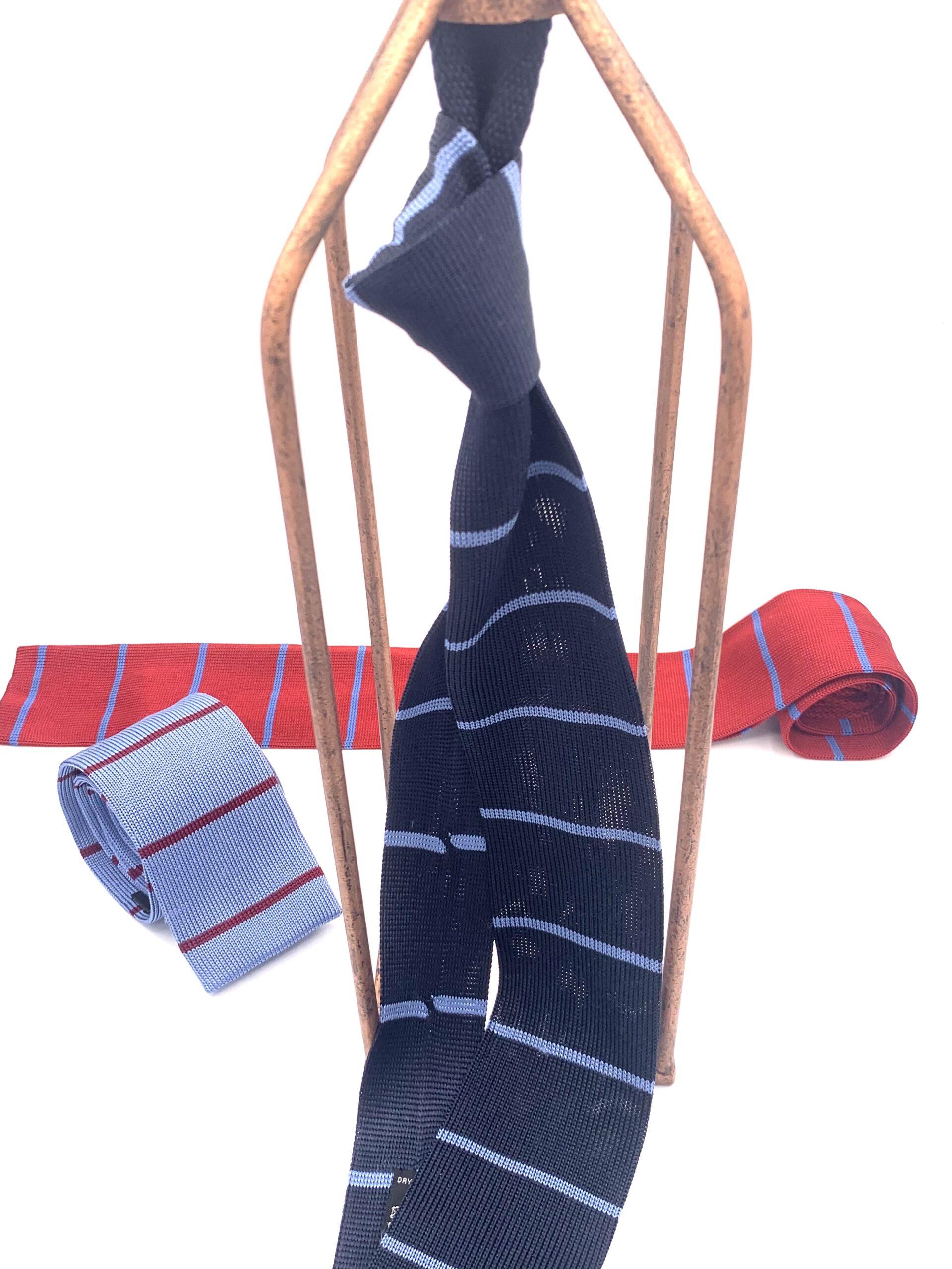 cravatte di maglia a righe