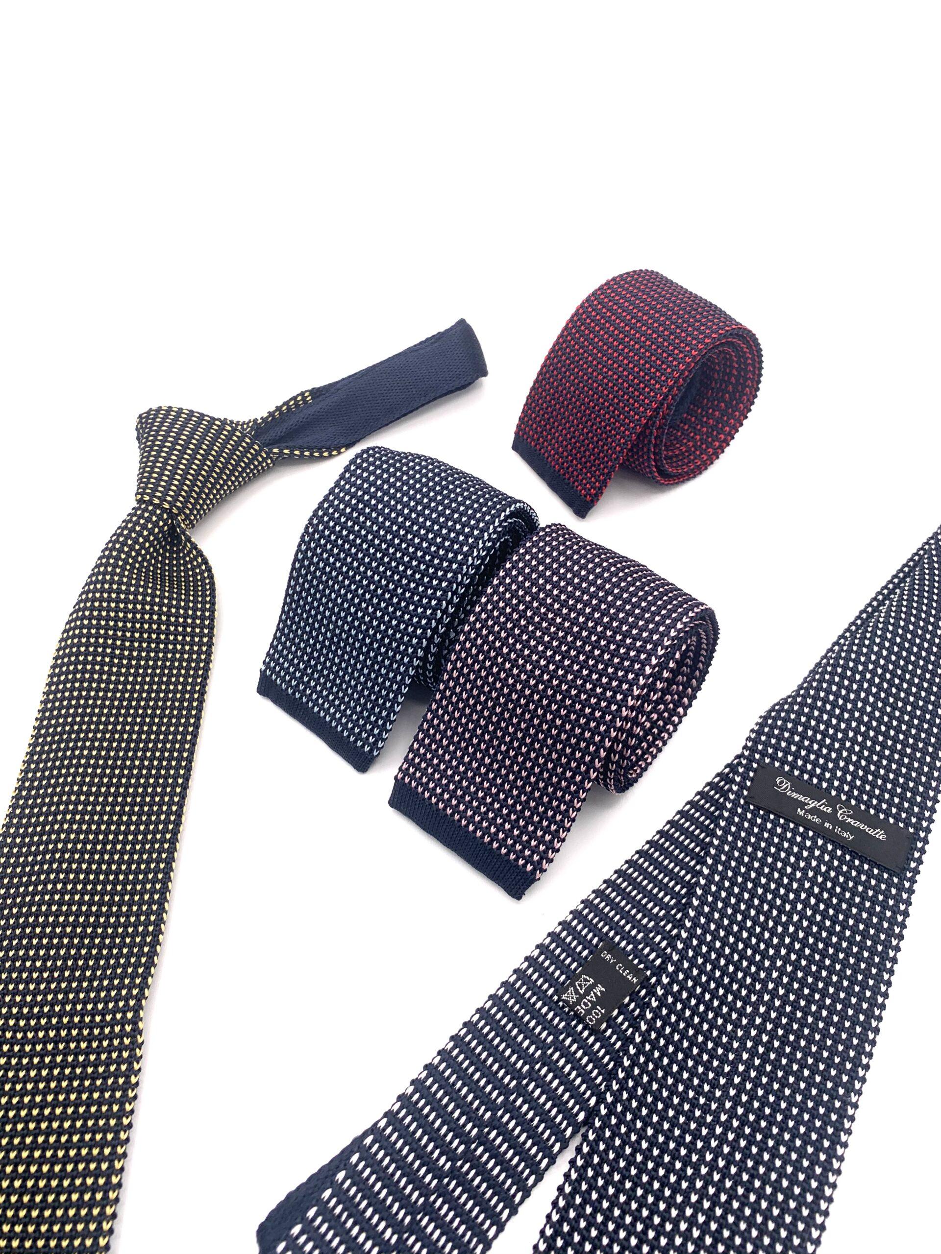 cravatte di maglia colorate