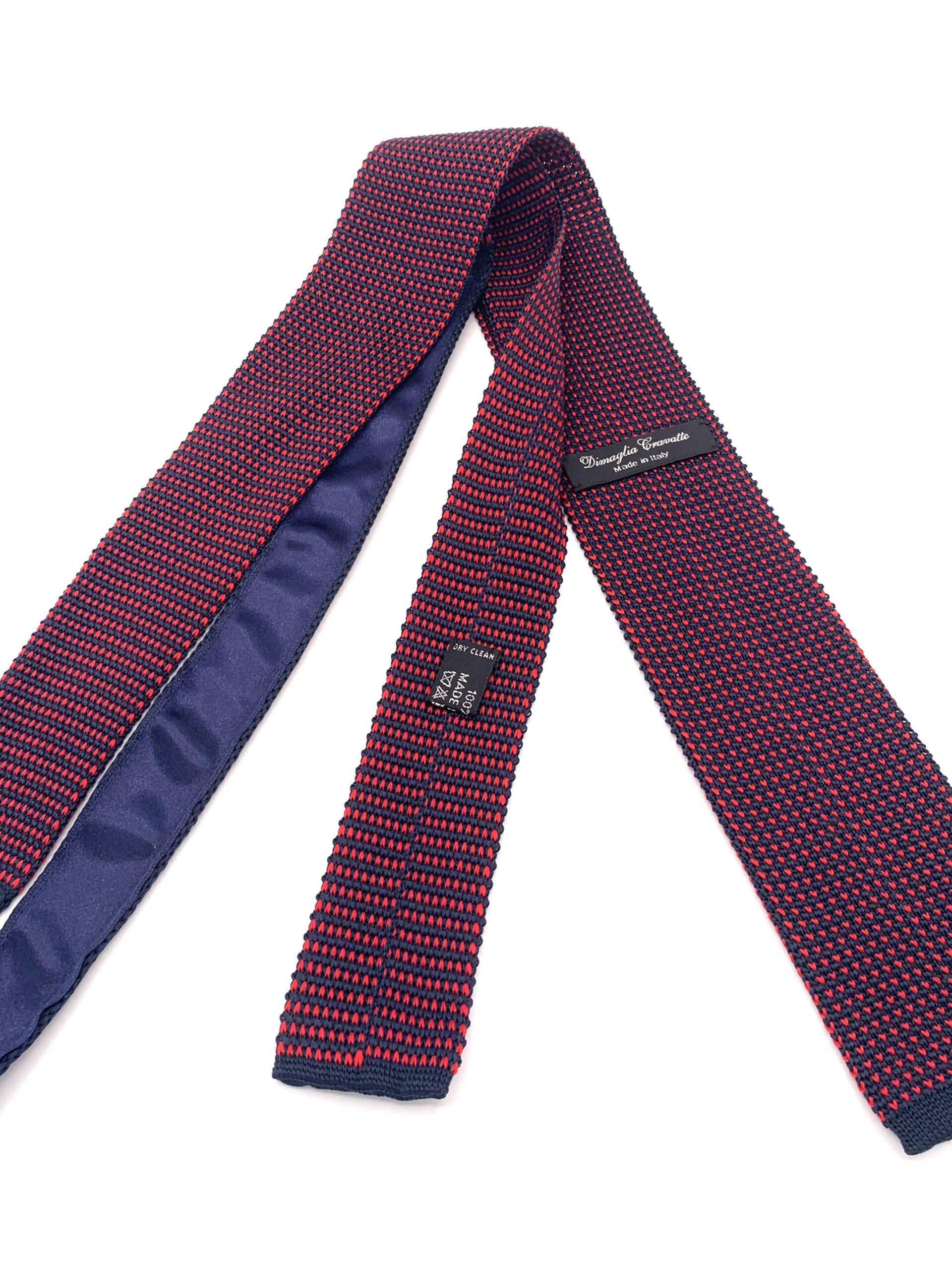 DIMAGLIA - cravatta di maglia con puntini blu e rossa zoom
